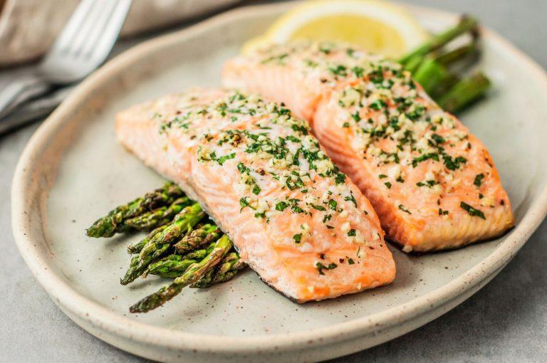 อาหารที่มีประโยชน์ทำให้มีสุขภาพที่ดีขึ้น